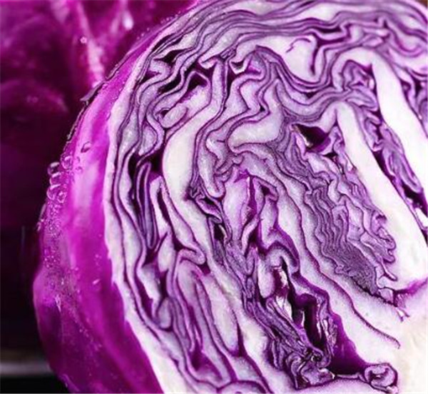 紫甘蓝的禁忌有哪些 紫甘蓝先洗还是先切