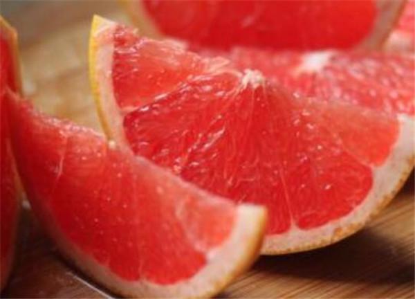 西柚怎么吃 西柚的营养价值