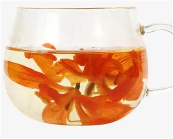 百合花茶的功效与作用点 百合花茶孕妇可以喝吗