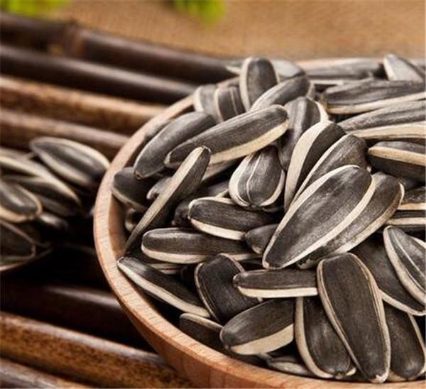 葵花籽仁的营养价值 吃葵花籽的好处