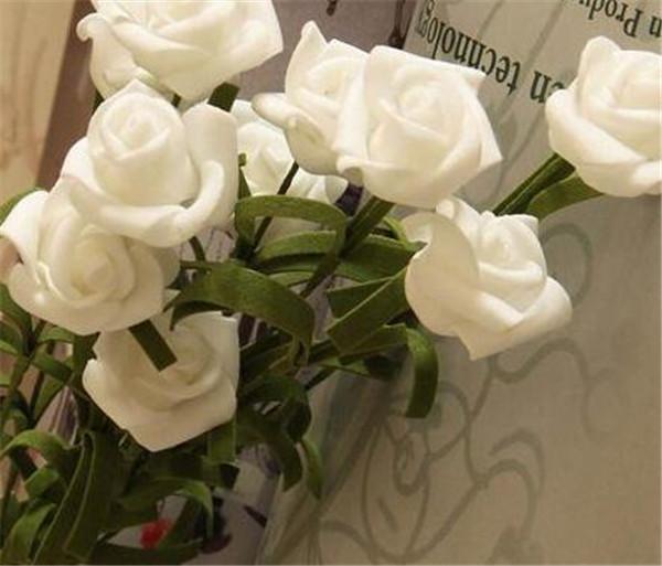 白玫瑰不能随便送人 送白色玫瑰花忌讳吗