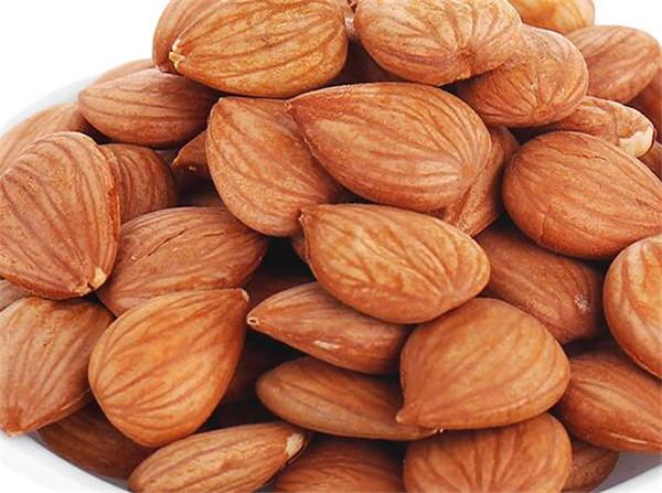 杏仁和巴旦木的区别 十大坚果的营养价值排名