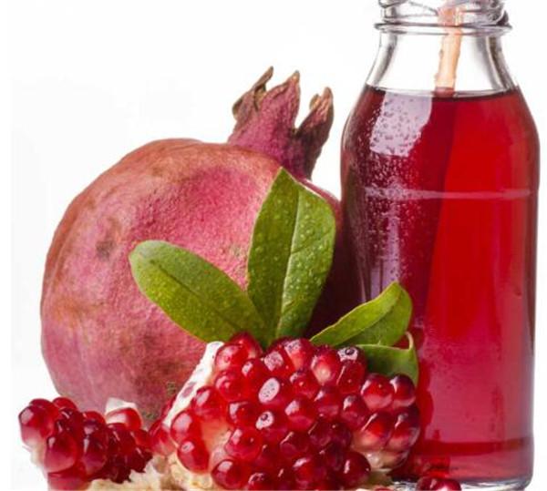 石榴汁和什么一起榨汁 石榴汁和什么水果搭配