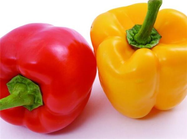 甜椒一天吃多少合适 甜椒相克的食物有哪些